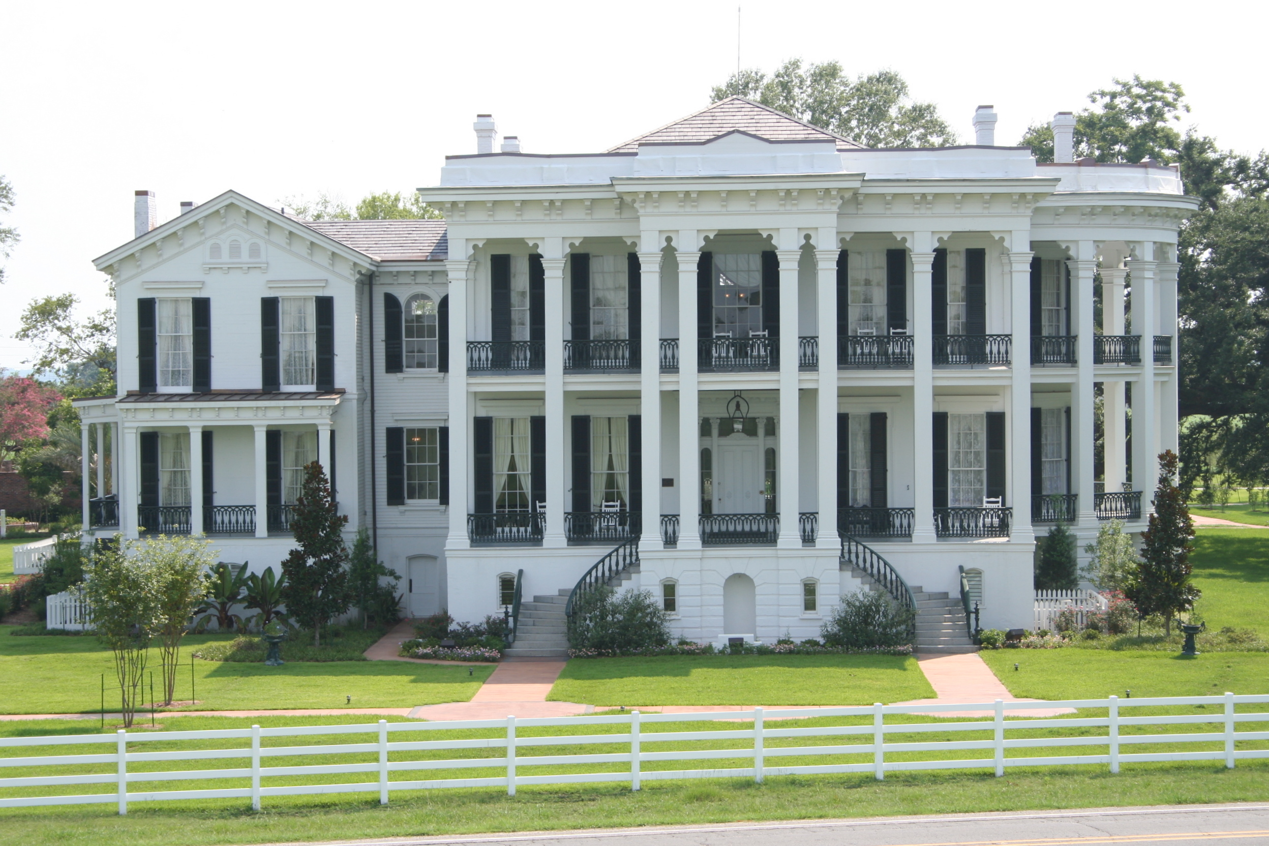Writers retreat at nottoway plantation writing romance for Orleans homes floor plans